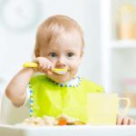 Çocuğunuz İçin En İyi Bebek Maması Nasıl Seçilmelidir?