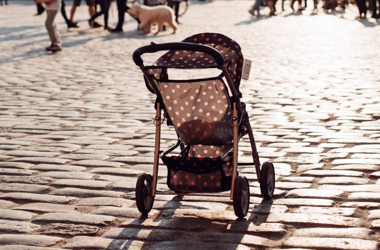 Bebek Arabası Alışverişi